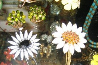 jewellery-flowers-web2
