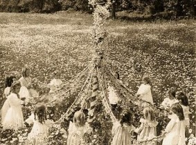 London children around the Maypole after the war