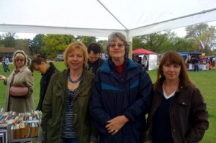 Friends of Dulwich Picture Gallery bookstall at Dulwich Park Fair 2010 (Anna Bonavia, Judy Mewburn and Sally-Ann Johnson)