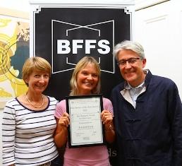 BFFS award Bella,Ingrid, Paul