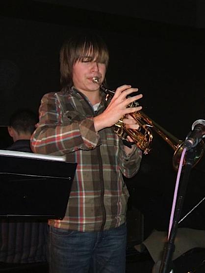 Jazz performer 2