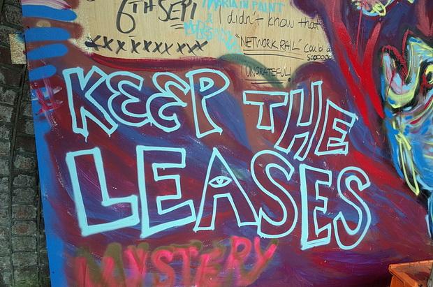 anti-eviction-artwork-brixton-07