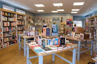 dulwich-books-interior